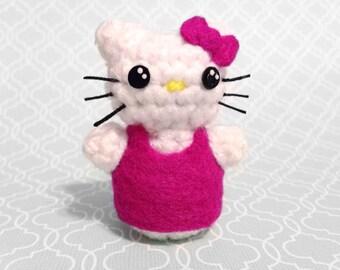 Hello Kitty Cuddlebomb