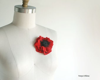 Poppy flower pin bright red brooch