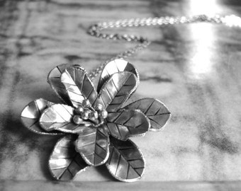Pendant Necklace / Silver Flower Pendant / Sterling Silver Chain / Statement Necklace / Mother's Day Gift / Chic Jewelry / Accessories