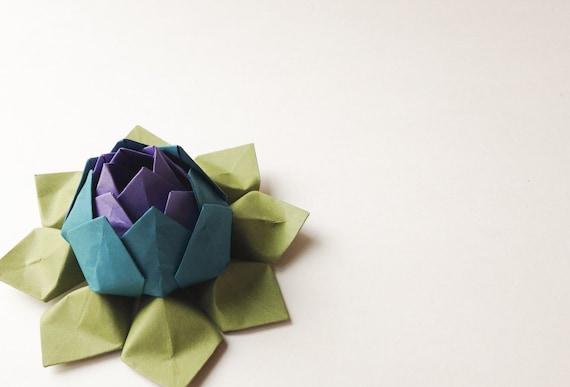 fleur de lotus origami fleur de papier violet turquoise. Black Bedroom Furniture Sets. Home Design Ideas