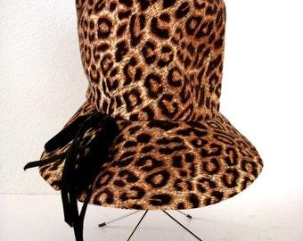 Vintage 50s 60s Leopard Hat - Leopard Corduroy Bucket Hat - Mod Brown Leopard Floppy Hat by Roberta Bernays - Avant Garde Hat - Size 22