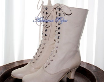 Victorian shoes in Off White leather Wedding shoes Ivory Victorian Boots Bride shoes in Off White leather  Ankle boots