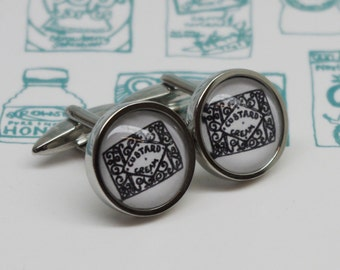 Biscuit Cufflinks - Custard cream cufflinks - Gift for biscuit lover - Biscuit lover gift - Custard cream drawing