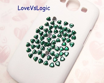 150 Faceted Heart Bling Acrylic Rhinestone Cabochons. Nail Deco. Phone Deco. Ipad Deco. Forest Green. 6mm.