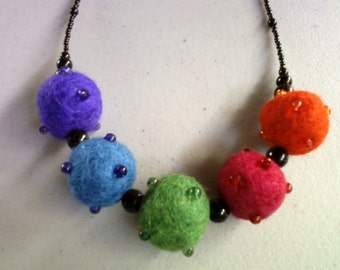 Rainbow Felted Bead Necklace (0045)