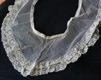 Vintage Net & Lace Neck Collar