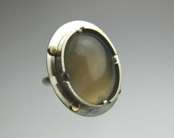 Dove Gray Grey Agate Sterling Silver Ring with 10k Gold, Size 7