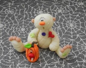 FREE SHIPPING! Polymer Clay Mummy and Jack o'lantern - Figurine