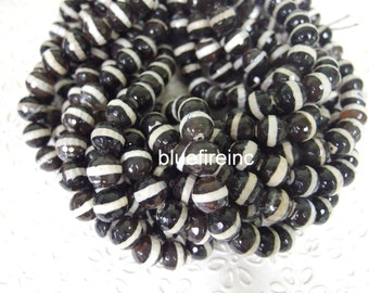 32 pcs 12mm round faceted Tibetan hand paint agate beads