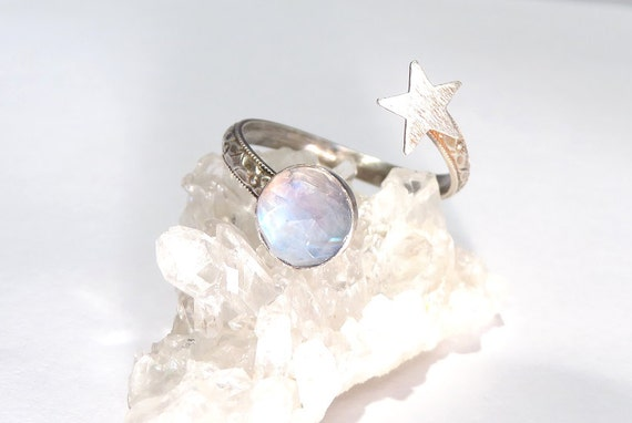 moonstone rings with stars - photo #34