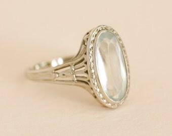 Antique Art Deco 14kt White Gold Aquamarine Ring