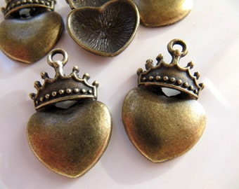 5 Heart Crown Pendants Charms in Antiqued Bronze Tone, Top Hole, 28mm x 18mm