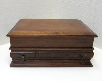 Vintage Montgomery Ward Wooden Jewelry Box Made In Taiwan