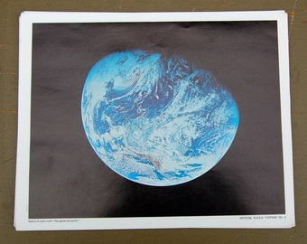 Official NASA color photo Appolo 8 crew view the good old earth. Nasa picture #3
