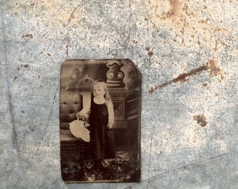 Antique Vintage Tin Type Photo Little Girl