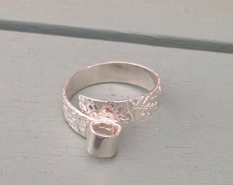 Sterling silver wrap ring with small leaf print