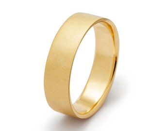 Matte 5mm Comfort Fit Wedding Band in Yellow Gold