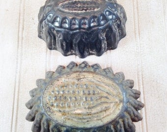 Vintage Shabby Chic Metal Food Molds