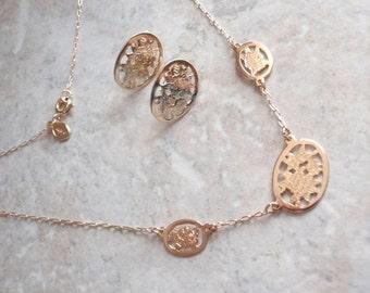 Avon Floral Necklace Earrings Set Cutout Gold Tone Vintage 130424