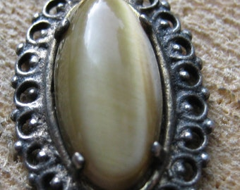 Vintage Silver Tone Tigers Eye Pendant for Women Ladies