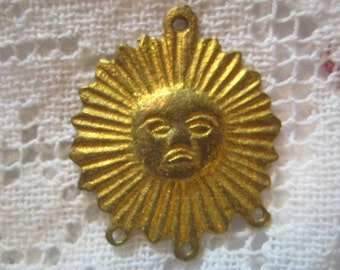 Vintage Sun Pendants, Round Raw Unplated Cast Brass Stampings, 3 to 1 Connectors, Drops or Pendants, Made in Peru, 23mm, 2 pcs. (1 Pair)