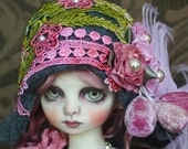 "Adorable Grey ""Evelyn"" Felt Flapper Hat with Hand Dyed Lace For Ball Jointed Dolls"