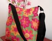 Waterproof Crossbody Bag Quilted waterproof Diaper Bag Pleated Shoulder Bag Messenger Bag Colorful Hobo Beach Bag Tote Bag adjustable strap
