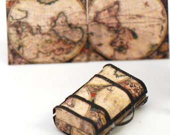 1:48 Globe Suitcase kit with Map