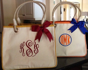 Monogrameed Rope Tote - classic, preppy and functional - lots of colors
