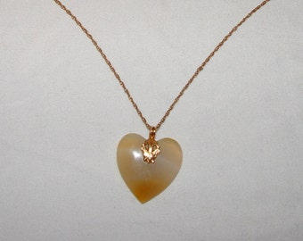 Agate & 14K Gold Heart Shaped Pendant