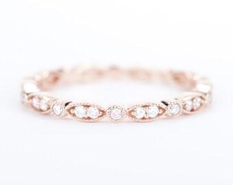 CERTIFIED - E-F, VVS- VS Diamond Wedding Band 14K Rose Gold