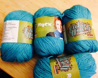 SALE 4 Skeins SWTC Vickie Howell TURQUOISE Rock Yarn Soysilk, Wool, and Hemp Fiber