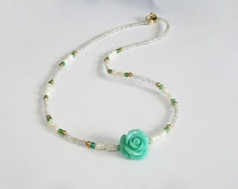 Green Rose Real Pearl Beaded Necklace