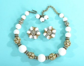 Vintage 1950s Hobe Wedding Necklace - White Floral Rhinestones - Bridal Fashions