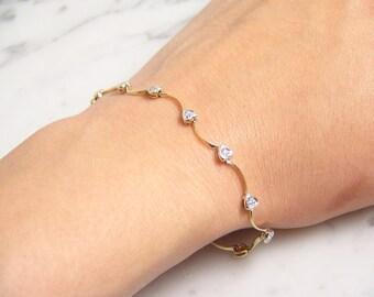Vintage 10k Yellow Gold 0.25ctw Diamond Heart Link Bracelet