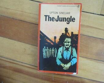 Vintage Paperback Book Upton Sinclair The Jungle Signet Classic