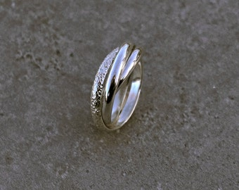 Cartier Ring - Russian wedding ring, textured, hammered ring, 3 rings. classique ring