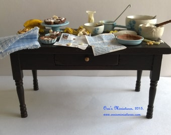 OOAK Banoffee table in 1 inch scale - Dollhouse miniature
