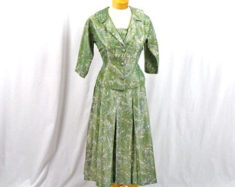 60s Green Suit * 1960s Suit * 60s Suit * 60s Pleated Skirt * 1960s Fitted Jacket * Mad Men Suit