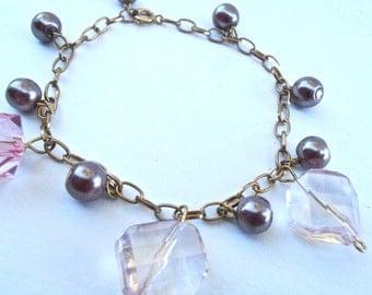 Vintage Purple Faux Pearl Bead Charm Bracelet Chain Link Gold Tone Acrylic Light Pink Faceted Acrylic Cube Light Rhombus Diamond Dangling