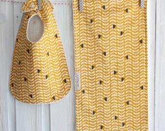 Organic Baby Bib Burp Cloth Gift Set Peeking Birds