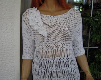 MADE TO ORDER handmade knitted dress in white cotton decorated with a removable pin spring summer trends gift idea for her by goldenyarn