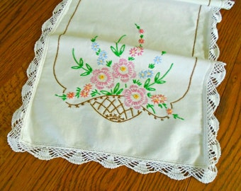 Embroidered Flower Runner / Table Runner / Vintage Runner / Dresser Scarf / Cotton Floral Runner / Shabby Sweet / Cottage / Pink Flowers