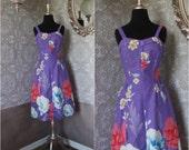 Vintage 1980's Hawaiian Purple Floral Print Dress Large