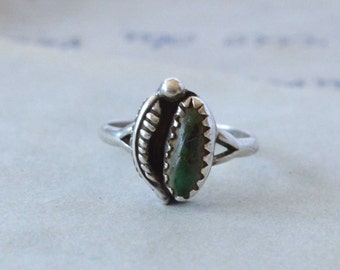 Vintage Navajo Turquoise Ring - Size 5