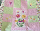 BABY CRIB QUILT Daisys and Butterflies 56 x 47 inches