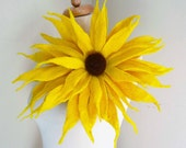 felted sun flower corsage pin brooch, handmade, felted wool flower, lagenlook, handmade, shawl pin, yellow MADE TO ORDER