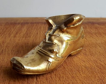 Vintage Peerage brass boot with mice on, match holder