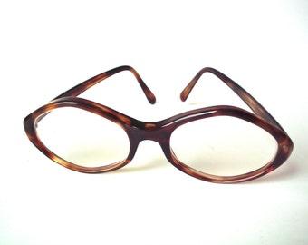 vintage uoc brand tortoise shell glasses