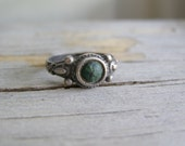 Silver Gemstone Mini Ring, Vintage Boho Green Stone 925 Silver Woman Top Finger Knuckle Ring, Gift for Girl Size 3 4, Antique Oxidized Ring